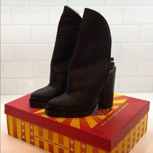 Jeffery Campbell Boots!